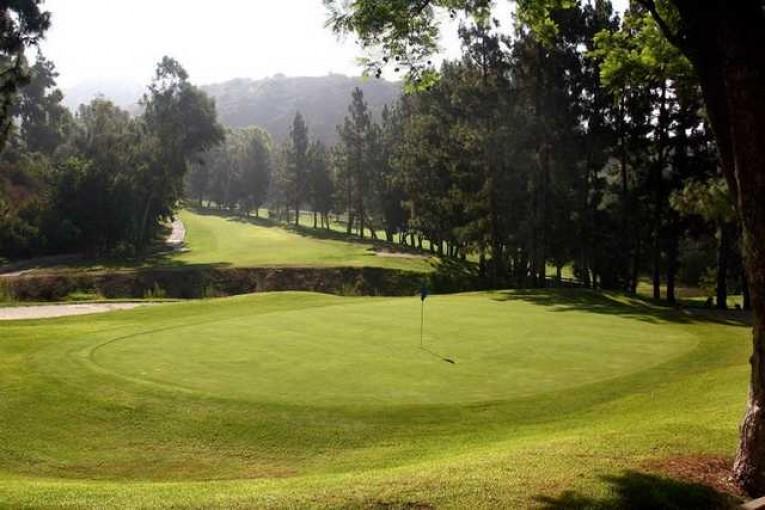 De Bell Golf Course